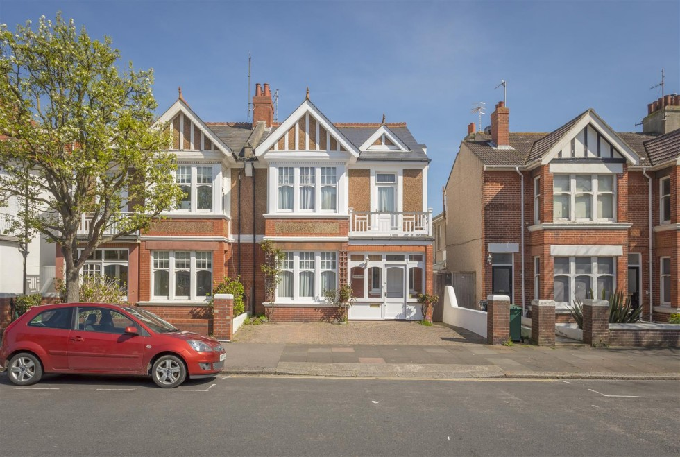 Images for Carlisle Road, Hove EAID:lextonsapi BID:1